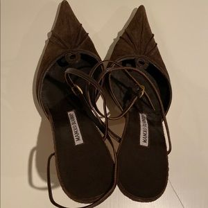 Manolo Blahnik Brown Pointed Toe Heels Size 38.5